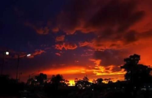 «Αποκάλυπτικοί Ουρανοί» αφήνουν μια «Ατμοσφαιρική Κόλαση» - Άλλο ένα Προειδοποιητικό Σημείο των Πράξεων που Έρχονται; - Εικόνα1