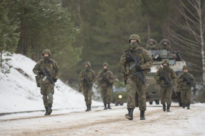 4.000 νατοϊκοί στρατιώτες βίωσαν «περίεργες καταστάσεις» δίπλα στα ρωσικά σύνορα - Εικόνα0