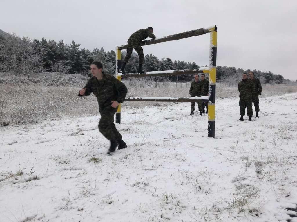 """""""Ρίξε κι άλλο χιόνι Θέε μου""""! Καταδρομείς εκπαιδεύονται μέσα στο χιονιά! ΦΩΤΟΓΡΑΦΙΕΣ - Εικόνα7"""