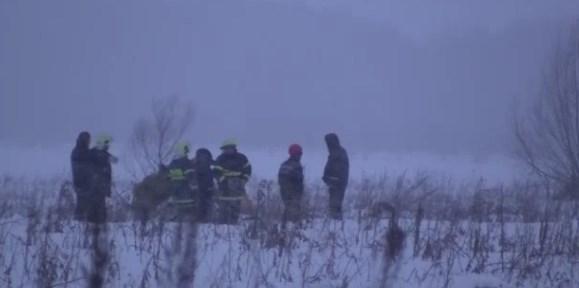Αεροπορική τραγωδία στη Ρωσία: Αναζητούν στο χιόνι τα αίτια της συντριβής - Εικόνα 0