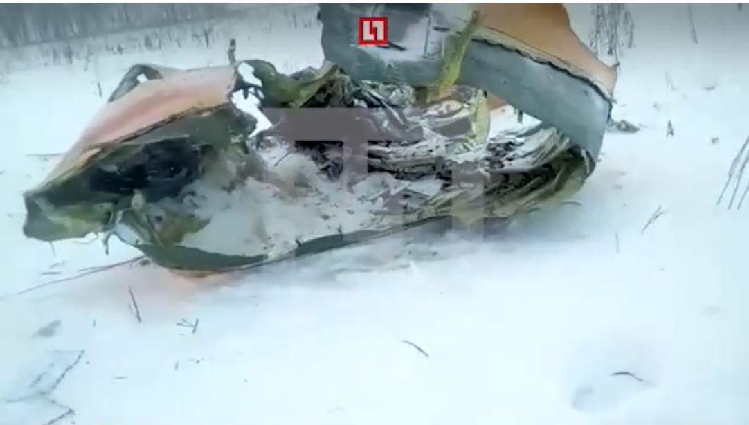 Αεροπορική τραγωδία στη Ρωσία: Αναζητούν στο χιόνι τα αίτια της συντριβής - Εικόνα 2