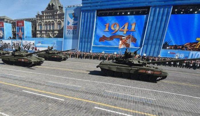 Ο αιφνιδιασμός που αλλάζει όλα τα δεδομένα παγκοσμίως: Το Τ-14 «ΑRMATA» θα εκτοξεύει πυραύλους με πυρηνική κεφαλή – Oι ρωσικές τεθωρακισμένες μεραρχίες μετατρέπονται σε προκεχωρημένες χερσαίες πλατφόρμες εκτόξευσης πυρηνικών όπλων! - Εικόνα1