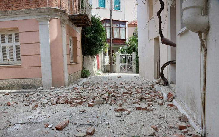 Alert! Δέκα τραυματίες από τον σεισμό των 6,1 Ρίχτερ στη Λέσβο - Εικόνα 2