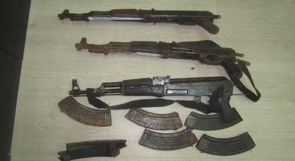 Αλβανοί ετοίμαζαν μακελειό εντός χώρας: Εντοπίστηκαν φορτία  με βαρύ οπλισμό στα Ελληνοαλβανικά σύνορα -Χειροβομβίδες, εκρηκτικές ύλες και πυρομαχικά - Εικόνα1