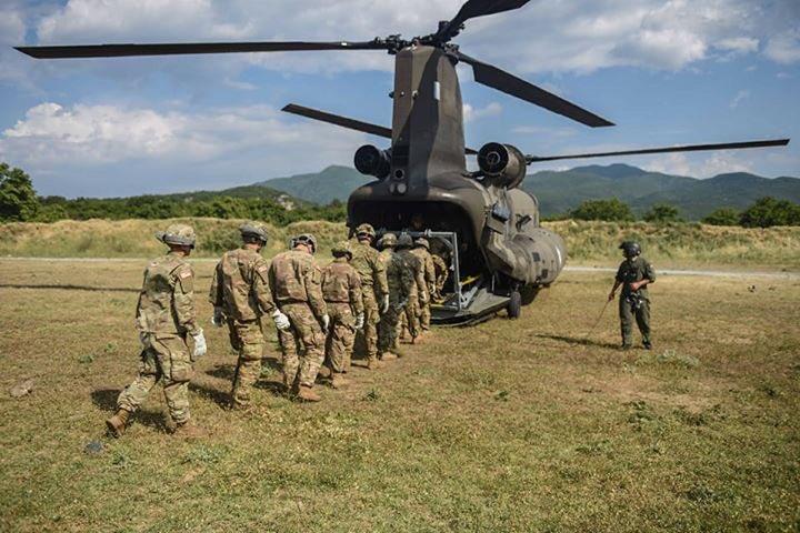Αλβανοί στρατιώτες περνάνε τα Ελληνικά σύνορα… - Εικόνα0