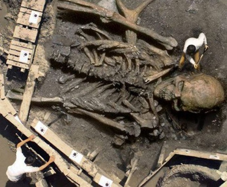 Αναζητώντας αρχαιολογικές αποδείξεις για την ύπαρξη γιγάντων - Εικόνα