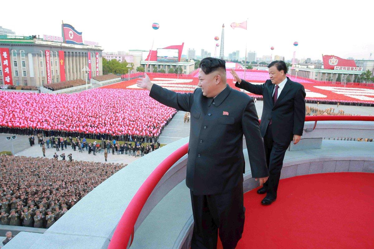 Ανθρωποκυνηγητό σε εξέλιξη στη Β.Κορέα – Navy seals διείσδυσαν στην χώρα – Η Πιονγιάνγκ ετοιμάζεται να πλήξει ΗΠΑ και Ν.Κορέα ως αντίποινα για την απόπειρα δολοφονίας του Κιμ Γιονγκ Ουν! - Εικόνα0