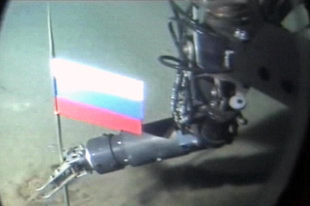Η ανθρωπότητα ετοιμάζεται να γνωρίσει τον αληθινό ρωσικό «Κόκκινο Οκτώβρη»: Το μεγαλύτερο πυρηνικό υπερ-υποβρύχιο στον κόσμο – Δείτε τι μεταφέρει! - Εικόνα1