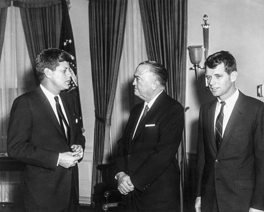 Απόρρητος φάκελος JFK: Τι είναι και γιατί «βολεύει» τον Τραμπ η δημοσιοποίησή του; - Εικόνα 1