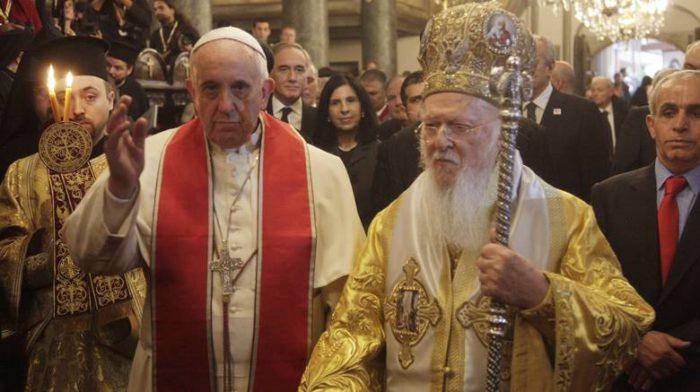 «Άστραψε και βρόντηξε» το Πατριαρχείο Ρωσίας με διαρροές σε ΜΜΕ: Τι σηματοδοτεί η συνάντηση Πάπα-Οικουμενικού Πατριάρχη και Μεγάλου Μουφτή στην Αίγυπτο – Συμμαχία Σταυρού και Ημισελήνου! - Εικόνα0