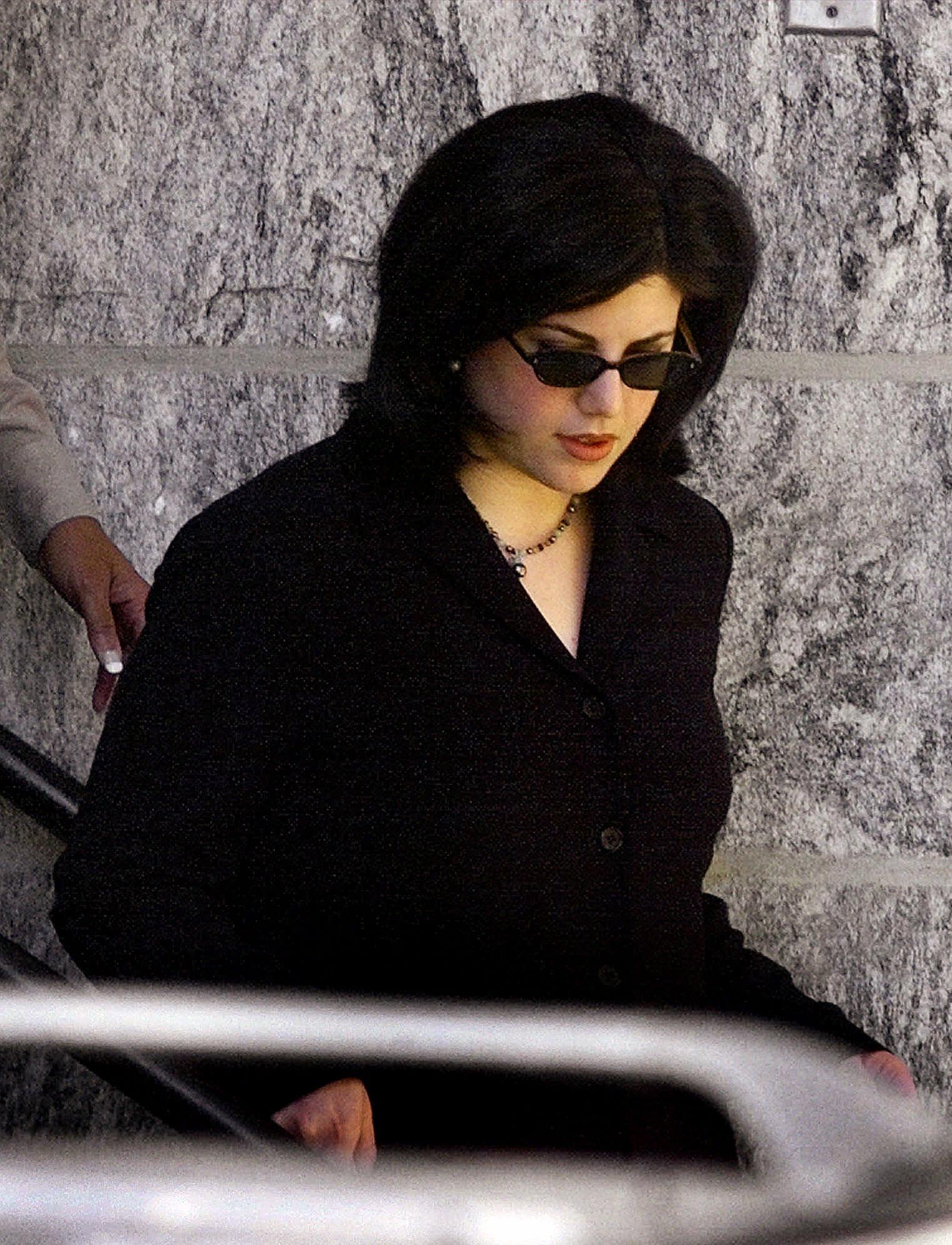 Daily Mail: Αυτό ήταν το τέλος της δυναστείας των Κλίντον – Όλα τα σκάνδαλα μιας «βρώμικης» οικογένειας - Εικόνα8