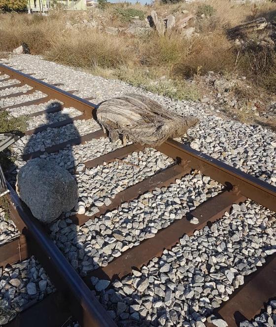Δολιοφθορά στο σιδηροδρομικό δίκτυο στον Έβρο-Από ποιους όμως και γιατί; – Δείτε εικόνες - Εικόνα6