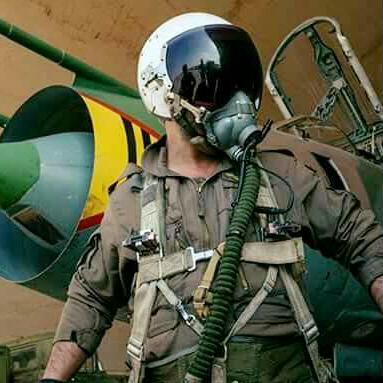 Εγραψε χρυσή σελίδα στη στρατιωτική ιστορία η Συρία: Πώς ο ήρωας πιλότος ενός σοβιετικού Su-22 αναμετρήθηκε με δύο F / A-18E Super Hornet του USN οδηγώντας την «Υπερδύναμη» σε νέο φιάσκο - Εικόνα2