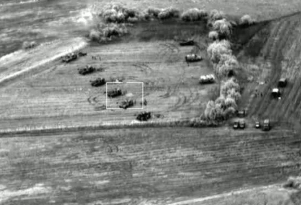 Εικόνες από τα μη επανδρωμένα αεροχήματα του Στρατού σε δράση! - Εικόνα2