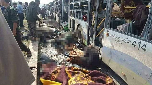 Εικόνες σοκ στη Συρία: Καμικάζι χτύπησε λεωφορεία με αμάχους - Εικόνα 0