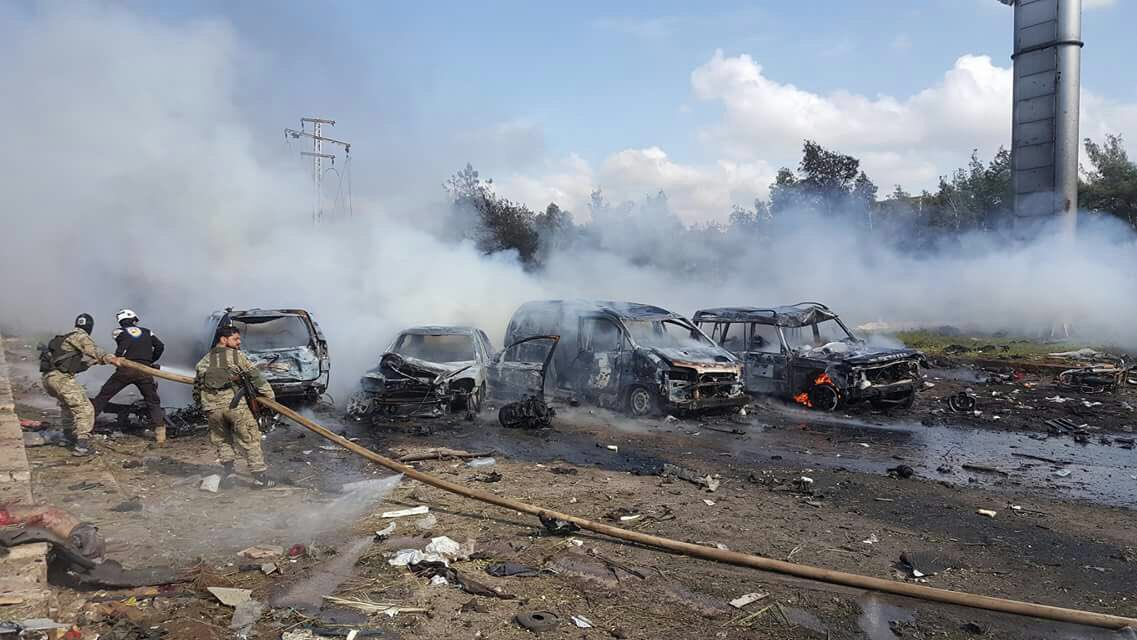 Εικόνες σοκ στη Συρία: Καμικάζι χτύπησε λεωφορεία με αμάχους - Εικόνα 4