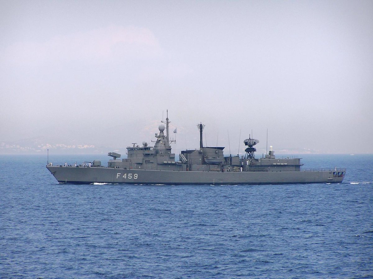 SOS εκπέμπουν οι Τούρκοι από τα βάθη της Μεσογείου: Τους ρίχνει «πολύ ξύλο» ο «Παπανικολής» S-120 (βίντεο) - Εικόνα4