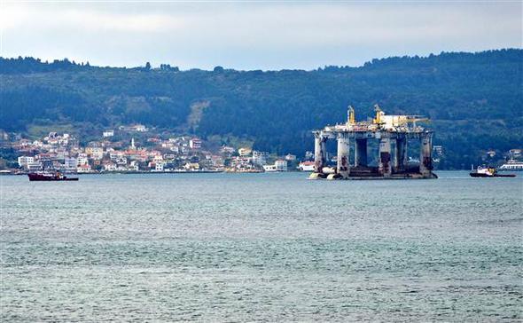 EKTAKTΗ ΕΙΔΗΣΗ – Κρίσιμες ώρες για την ειρήνη: Μετακίνηση πλατφόρμας πετρελαίου από τους Τούρκους- Διασχίζει τώρα το Αιγαίο – Δείτε Βίντεο και εικόνες - Εικόνα9