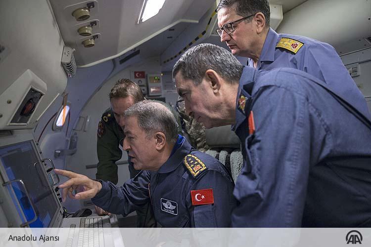 ΕΚΤΑΚΤΟ – Στο Αιγαίο πετάει τώρα η τουρκική στρατιωτική ηγεσία εκτοξεύοντας απειλές – Ο Χ.Ακάρ επανέφερε το δόγμα των 2,5 πολέμων - Εικόνα2