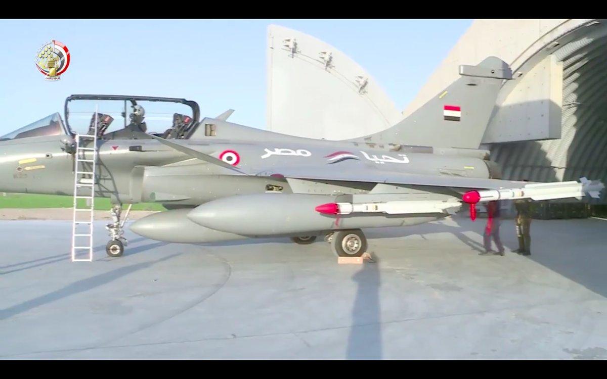 ΕΚΤΑΚΤΟ – Boμβαρδίζει ανηλεώς σε ολόκληρη την Λιβύη η Aίγυπτος ανοίγοντας δρόμο για τον εκλεκτό της Μόσχας – Στον αέρα F-16 Block 52 και Rafale με MICA EM – MICA IR μαζί με E-2C Hawkeye 2000 AEW - Εικόνα6