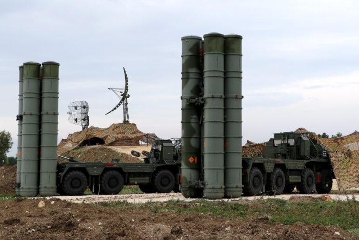 ΕΚΤΑΚΤΟ – Εκτός συστήματος κοινής αεράμυνας του ΝΑΤΟ η Τουρκία αν παραλάβει τους S-400 – Ερμαιο μελλοντικά στα ρωσικά βομβαρδιστικά… - Εικόνα0