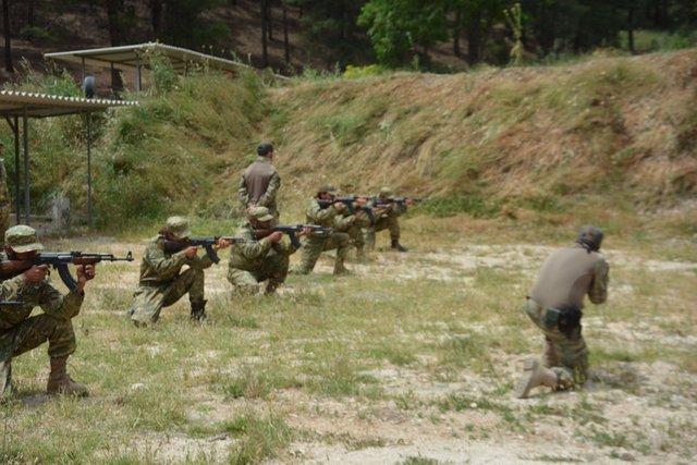 EKTAKTO – Eτοιμη η νέα δύναμη εισβολής του Ρ.Τ.Ερντογάν: 7.000 Τούρκοι στρατιώτες μαζί με FSA και τον ιδιωτικό στρατό SADAT μπαίνουν στην Συρία από τρία σημεία – Mετωπική με ΗΠΑ επέλεξε ο «Σουλτάνος» – Είναι αυτό το κύκνειο άσμα του; (εικόνες, βίντεο) - Εικόνα4