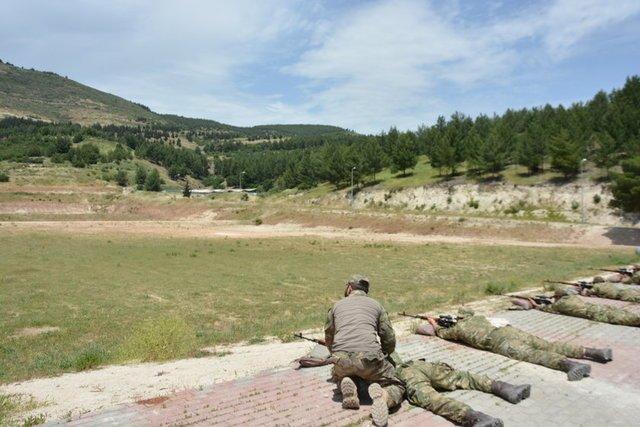 EKTAKTO – Eτοιμη η νέα δύναμη εισβολής του Ρ.Τ.Ερντογάν: 7.000 Τούρκοι στρατιώτες μαζί με FSA και τον ιδιωτικό στρατό SADAT μπαίνουν στην Συρία από τρία σημεία – Mετωπική με ΗΠΑ επέλεξε ο «Σουλτάνος» – Είναι αυτό το κύκνειο άσμα του; (εικόνες, βίντεο) - Εικόνα5