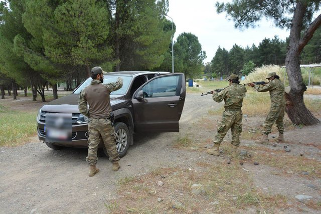 EKTAKTO – Eτοιμη η νέα δύναμη εισβολής του Ρ.Τ.Ερντογάν: 7.000 Τούρκοι στρατιώτες μαζί με FSA και τον ιδιωτικό στρατό SADAT μπαίνουν στην Συρία από τρία σημεία – Mετωπική με ΗΠΑ επέλεξε ο «Σουλτάνος» – Είναι αυτό το κύκνειο άσμα του; (εικόνες, βίντεο) - Εικόνα9