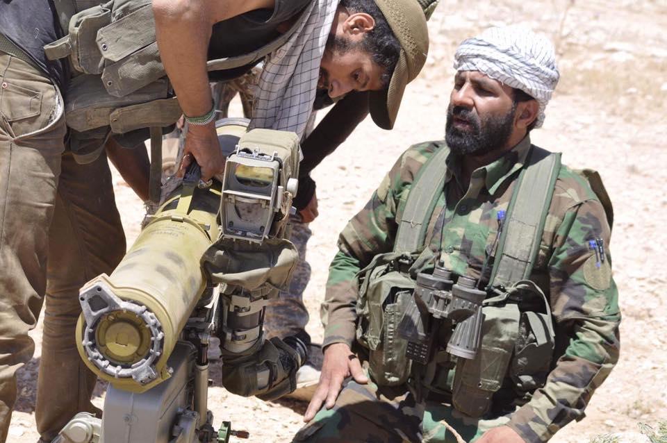 ΕΚΤΑΚΤΟ – Φωτιά και ατσάλι στα σύνορα Συρίας-Ιράκ-Ιορδανίας: Εισβολή βρετανικών-αμερικανικών δυνάμεων και μάχες σώμα με σώμα στο έδαφος με έπαθλο την Deir Ezzor – Aεροπορικές επιδρομές εναντίον του συριακού Στρατού (βίντεο) - Εικόνα12