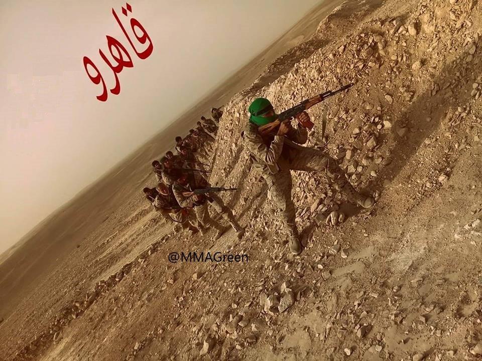 ΕΚΤΑΚΤΟ – Φωτιά και ατσάλι στα σύνορα Συρίας-Ιράκ-Ιορδανίας: Εισβολή βρετανικών-αμερικανικών δυνάμεων και μάχες σώμα με σώμα στο έδαφος με έπαθλο την Deir Ezzor – Aεροπορικές επιδρομές εναντίον του συριακού Στρατού (βίντεο) - Εικόνα15