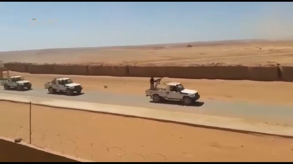 ΕΚΤΑΚΤΟ – Φωτιά και ατσάλι στα σύνορα Συρίας-Ιράκ-Ιορδανίας: Εισβολή βρετανικών-αμερικανικών δυνάμεων και μάχες σώμα με σώμα στο έδαφος με έπαθλο την Deir Ezzor – Aεροπορικές επιδρομές εναντίον του συριακού Στρατού (βίντεο) - Εικόνα20