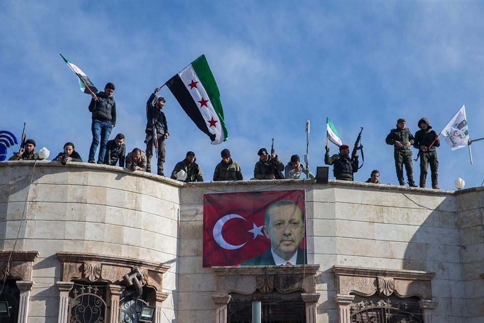 ΕΚΤΑΚΤΟ – Μιλάνε πλέον τα όπλα στην Αφρίν: Ανοιξαν πυρ και οι Αμερικανοί – «Θα τους κάψουμε ζωντανούς έναν-έναν – Θα μπούμε Τουρκία» λένε οι Κούρδοι - Εικόνα10