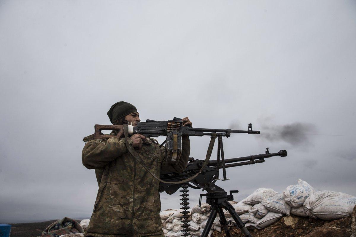 ΕΚΤΑΚΤΟ – Μιλάνε πλέον τα όπλα στην Αφρίν: Ανοιξαν πυρ και οι Αμερικανοί – «Θα τους κάψουμε ζωντανούς έναν-έναν – Θα μπούμε Τουρκία» λένε οι Κούρδοι - Εικόνα8
