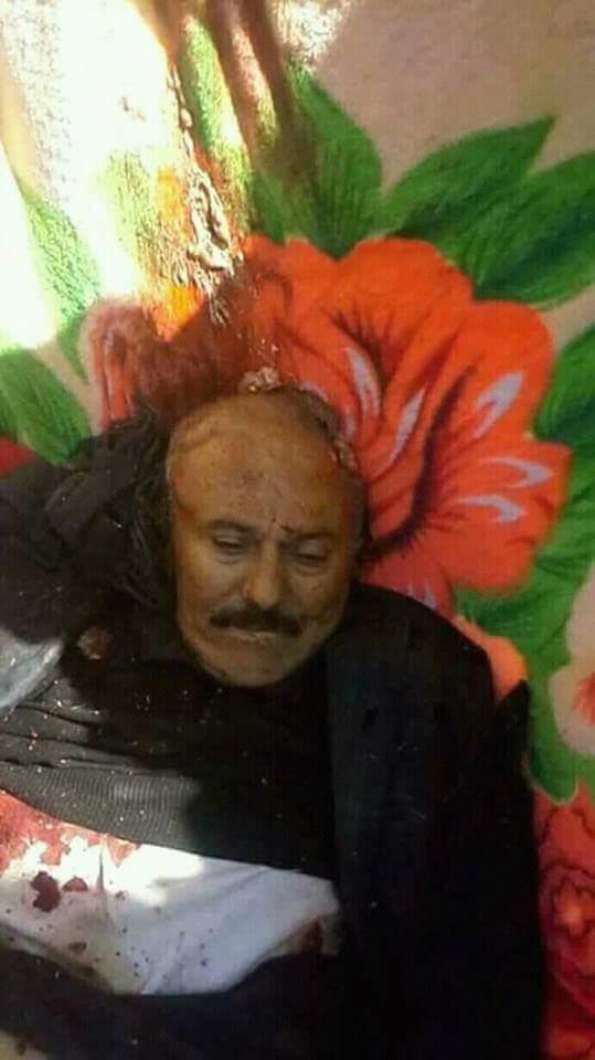 ΕΚΤΑΚΤΟ – Προσοχή σκληρές εικόνες: Νεκρός ο πρώην πρόεδρος της Υεμένης – Τον καθάρισαν Ιρανοί και Χούθι μετά την προδοσία - Εικόνα3