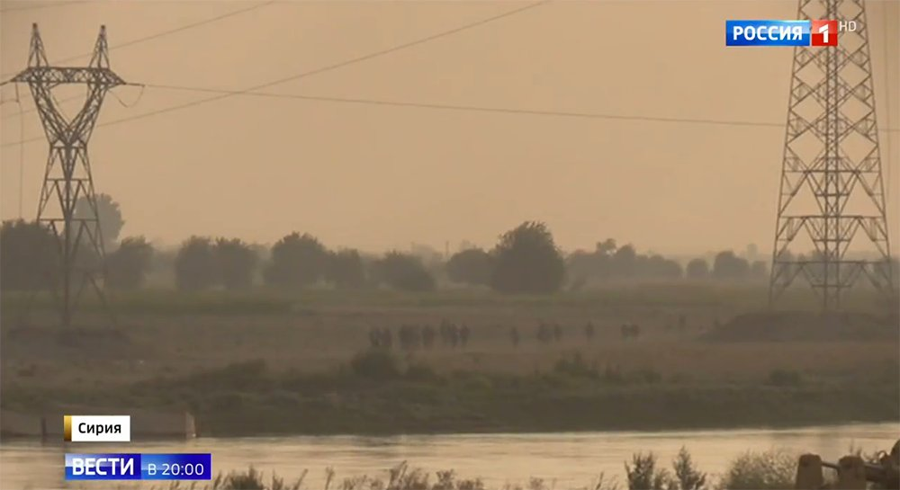 ΕΚΤΑΚΤΟ – Σφοδρές συγκρούσεις ρωσοσυριακών δυνάμεων και Κούρδων στις πετρελαιοπηγές του Ευφράτη – Άνοιξαν τα φράγματα οι ΗΠΑ – Προστρέχουν σε βοήθεια οι Τούρκοι κόβοντας τη ροή του ποταμού! - Εικόνα0