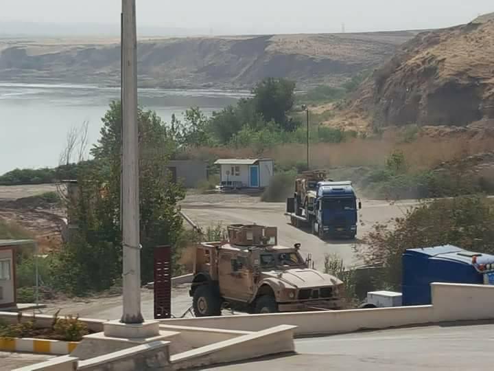 ΕΚΤΑΚΤΟ – Σφοδρές συγκρούσεις ρωσοσυριακών δυνάμεων και Κούρδων στις πετρελαιοπηγές του Ευφράτη – Άνοιξαν τα φράγματα οι ΗΠΑ – Προστρέχουν σε βοήθεια οι Τούρκοι κόβοντας τη ροή του ποταμού! - Εικόνα20
