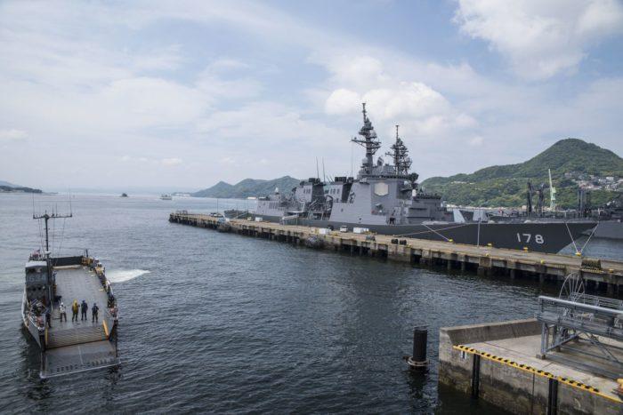 ΕΚΤΑΚΤΟ – Τέσσερα αεροπλανοφόρα στέλνουν οι ΗΠΑ στην Κορεατική – USS Theodore Roosevelt, USS Nimitz,, USS Ronald Reagan, USS Carl Vinson με 300 μαχητικά θα σπείρουν όλεθρο - Εικόνα0