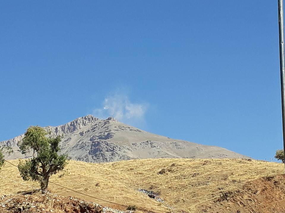 ΕΚΤΑΚΤΟ- Ανοιξαν οι πύλες της κολάσεως στη Μέση Ανατολή: Ο ιρανικός στρατός σφυροκοπά το Ιρακινό Κουρδιστάν- Ανέλαβε δράση και η Αεροπορία – Θα πνίξουν στο αίμα τους Κούρδους με την Τουρκία - Εικόνα0