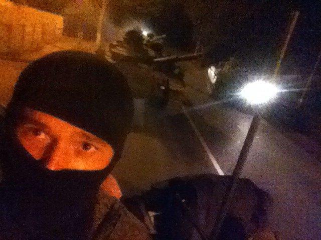 EKTAKTO: Σε ύψιστη πολεμική ετοιμότητα τέθηκαν οι δυνάμεις του Ντονέτσκ – Άνοιξαν τα καταφύγια για τους πολίτες και μεταφέρονται ρωσικές δυνάμεις (βίντεο) - Εικόνα0