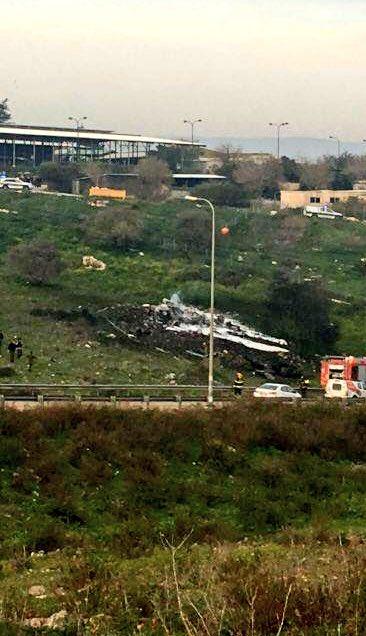 ΕΚΤΑΚΤΟ -Κατάρριψη Ισραηλινού μαχητικού F-16 και ελικοπτέρου από ρωσικά αντιαεροπορικά πυρά – Πατήθηκαν οι S-400; Ολονύχτια κόλαση στην Συρία - Εικόνα8