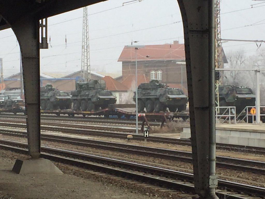 """EKTAKTO: Κινεζικά μαχητικά προσγειώθηκαν σε ρωσικές βάσεις – Τρελάθηκαν οι ΗΠΑ: Θέλουν Γ"""" ΠΠ! -Τεράστια στρατιωτική ανάπτυξη σε Γερμανία-Βουλγαρία-Ρουμανία - Εικόνα5"""