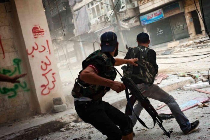 EKTAKTO! Ξεφτίλα τεραστίων διαστάσεων: Συριακές και ρωσικές ειδικές δυνάμεις συνέλαβαν συνολικά 130 ΝΑΤΟϊκούς αξιωματικούς και υπαξιωματικούς στο Χαλέπι! - Εικόνα0