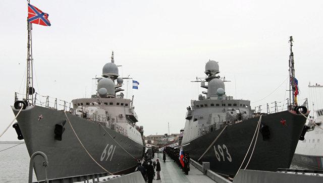 ΕΚΤΑΚΤΟ- Ούτε βήμα πίσω από τη Μόσχα: Τέθηκε σε ύψιστη ετοιμότητα όλος ο ρωσικός Στόλος της Κασπίας- Θα απαντήσουν με καταιγίδα πυραύλων κρουζ Kalibr εναντίον των εισβολέων στη Συρία - Εικόνα1