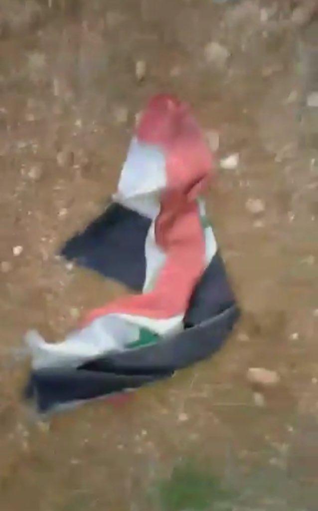 ΕΚΤΑΚΤΟ: Συροτουρκικός πόλεμος σε εξέλιξη – Και νέος βομβαρδισμός εναντίον τουρκικού στρατώνα – Η Ρωσία απέστειλε 50 πυραύλους «Tochka-U» και Iskander στη Συρία (βίντεο, εικόνες) - Εικόνα1