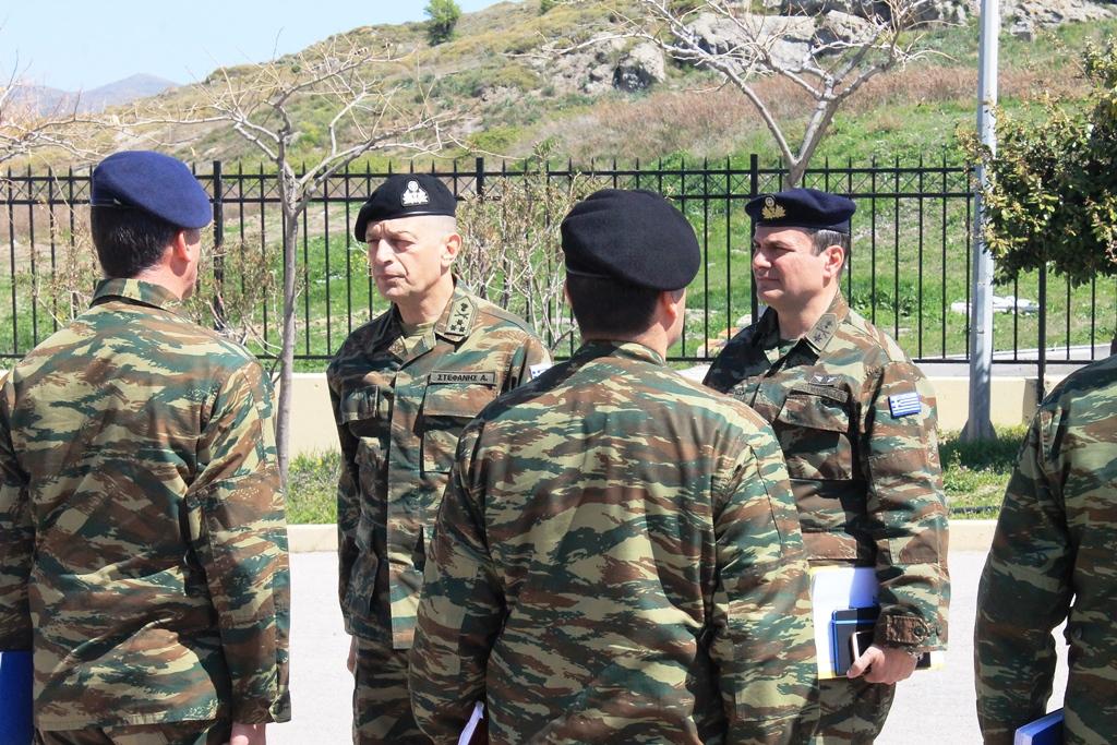 ΕΚΤΑΚΤΟ: Τα «θηρία» αντιτορπιλικά Arleigh Burke εντάσσονται στο ελληνικό οπλοστάσιο! Στην Ελλάδα ο διοικητής των ναυτικών δυνάμεων του ΝΑΤΟ – Kρίσιμες ώρες με την Τουρκία:  Ο Α/ΓΕΣ «βγήκε» στο Αιγαίο - Εικόνα17
