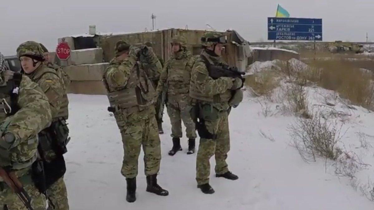 EKTAKTO: Χτύπησαν την Ρωσία τις Άγιες μέρες των Χριστουγέννων – Ξεκίνησε αιφνιδιαστικά πόλεμο στο Ντεμπάλτσεβο το Κίεβο- Αναπτύχθηκε η 45η Αμερικανική Ταξιαρχία Πεζικού στην Ουκρανία (εικόνες, βίντεο) - Εικόνα2