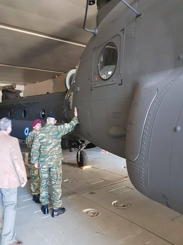 ΗΠΑ σε Ελλάδα: «Επανεξοπλισμός εδώ και τώρα, μην χάνετε χρόνο» – Εφτασαν τα πρώτα CH-47D Chinook – Ακολουθούν OH-58D Kiowa Warrior - Εικόνα1