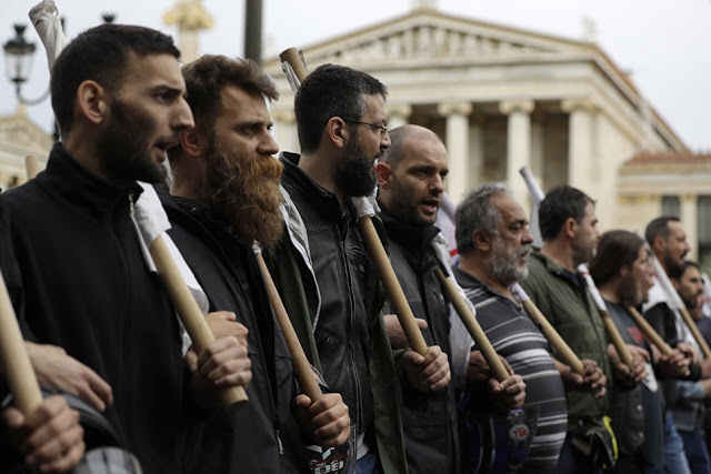 Ελληνική κατάρα: Τα μέτρα «λιτότητας» τώρα, τα δάνεια - κανείς δεν ξέρει πότε - Εικόνα1