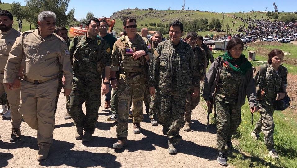 «Έμπλεξε» ο Ερντογάν – Αμερικανοί στις κουρδικές εγκαταστάσεις που βομβάρδισε η Τουρκία (φωτο) - Εικόνα0