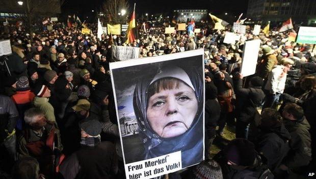 Ερχεται και στην Ελλάδα: Η Γερμανική κυβέρνηση «τοποθετεί» μουσουλμάνους πρόσφυγες σε οικίες Γερμανών πολιτών! - Εικόνα1
